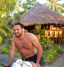Drinks & a swim at the Eco Lodge Resort at Medana Bay