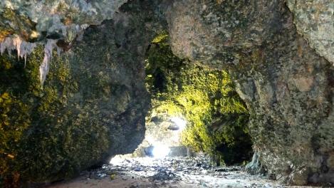 bahu caves inside