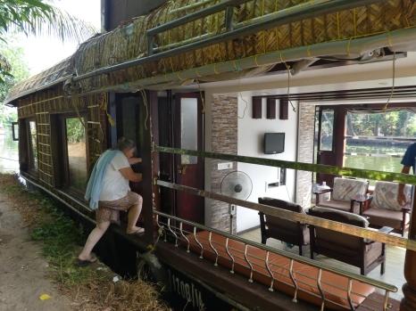 Sari hopping back onto the houseboat